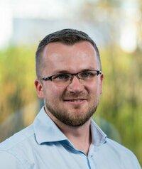 Pawel Malik is sales engineer in Poland.