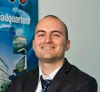 Leonardo Bazzaco ist Verkaufsingenieur.