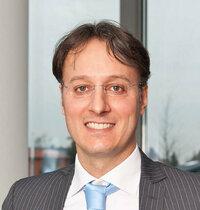 Matteo Dadati ist Gebietsverkaufsleiter für passive Bauteile in Italien und Frankreich.