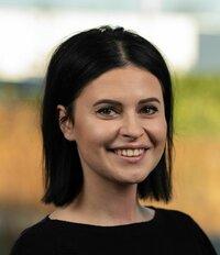 Zuzana Žatkuliaková ist Ihre Ansprechpartnerin im Vertriebsinnendienst.
