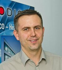 Robert Staniszewski is your sales representative in Poland for passive components and connectors