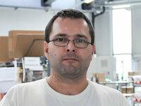 Rudolf Gutschelhoffer ist Lagermitarbeiter.