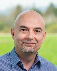 Paweł Pajda ist Vertriebspartner für aktive Bauteile in Polen.