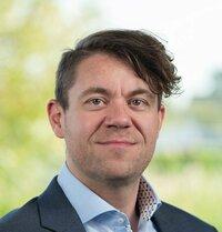 Andreas Dirschl ist Field Application Engineer.