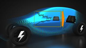 Abbildung des Monitor IC NJU7890 von NJR; ein elektrisches Auto im Hintergrund. .