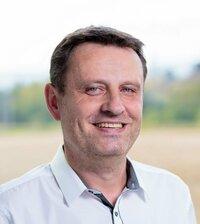 Petr Rocek ist Verkaufsingenieur.