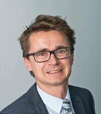 Gerhard Strobl ist Verkaufsleiter für Verbindungstechnik.