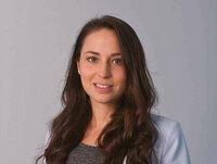 Alexandra Tsinadze ist Sachbearbeiterin in der Logistik.