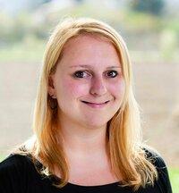 Katharina Stummer ist Ihre Ansprechpartnerin in der Abteilung Auftragsbearbeitung.